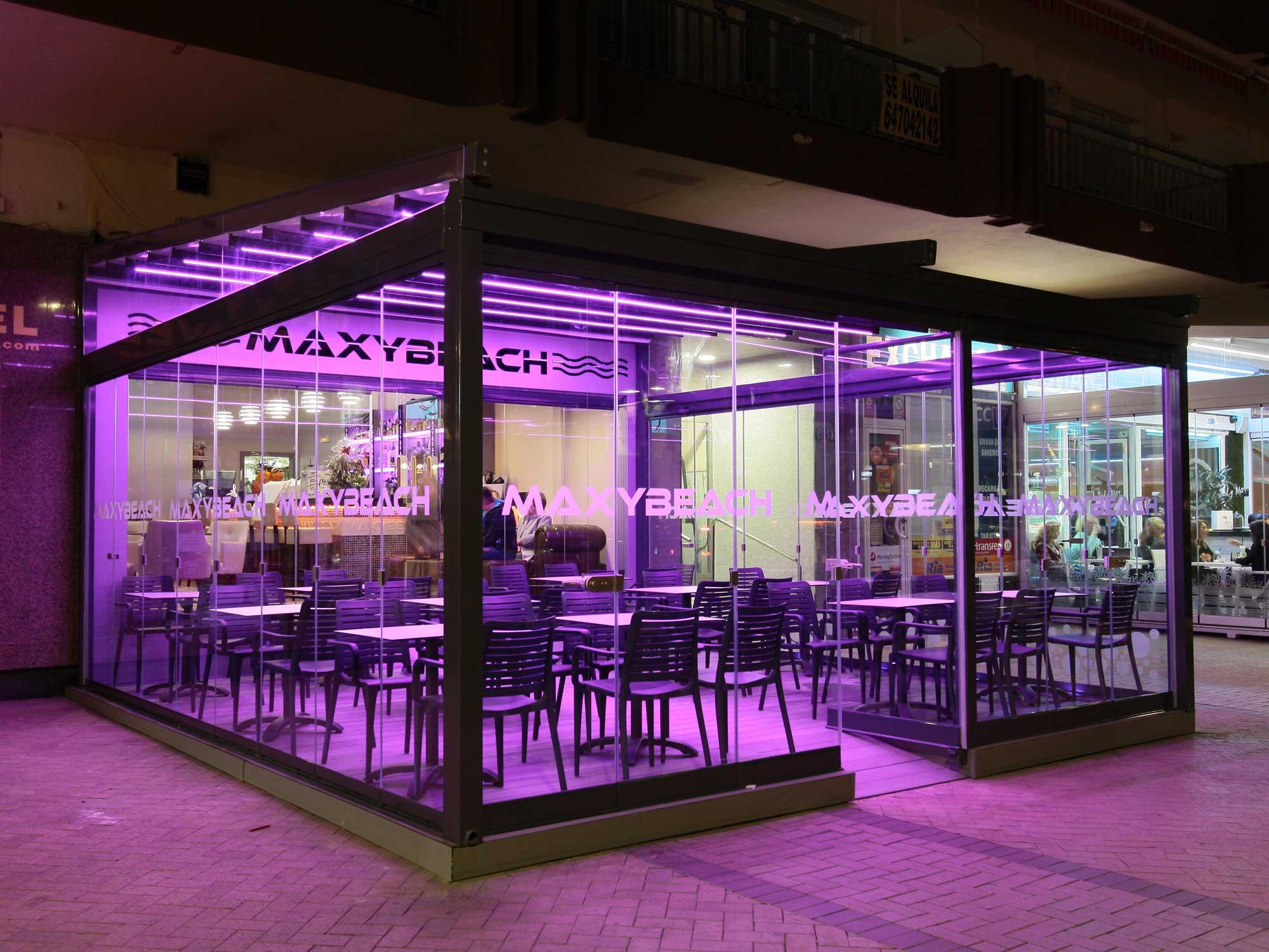 Maxybeach11